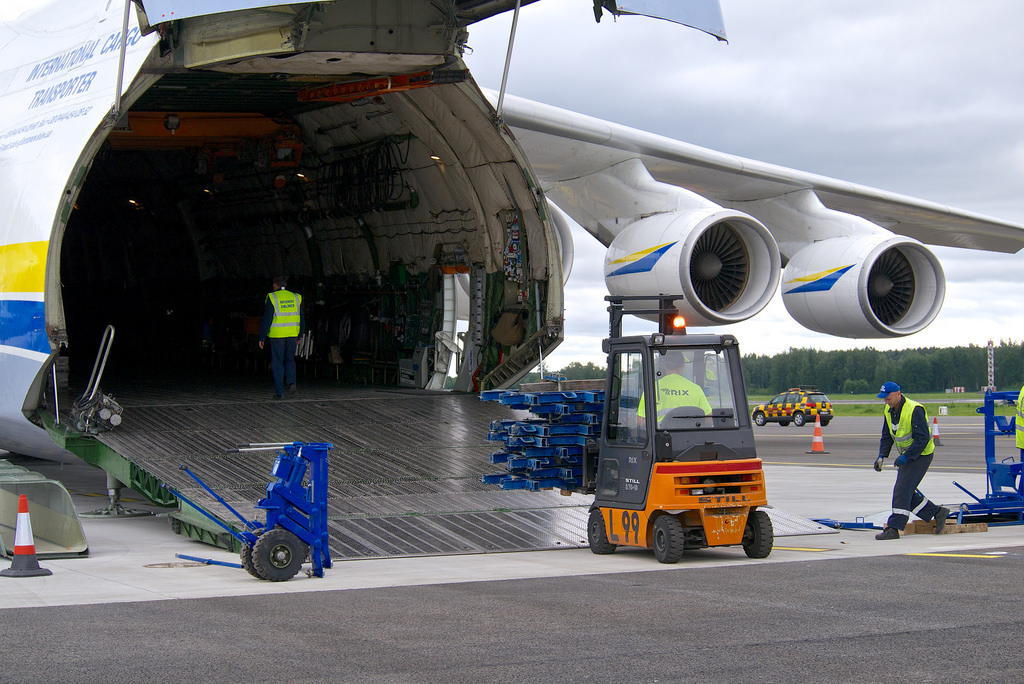Air Freight Service by GWL: Quickest Way To Get Your Things Delivered