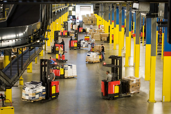 How Good Logistics Companies Do Efficient Material Handling?